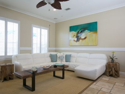 Beautifully Decorated and Great Location Beach House Sleeps 8+ Pool