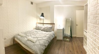 Photo for 2 Bedroom Zone 1 Apartment Central London