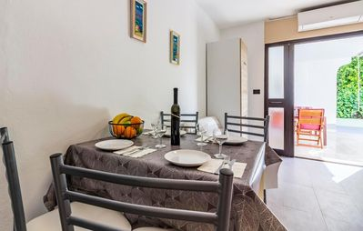 Photo for Holiday apartment Pjescana Uvala for 1 - 4 persons with 2 bedrooms - Holiday apartment