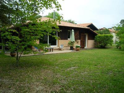 Photo for Pretty house sleeps 8 in Messanges