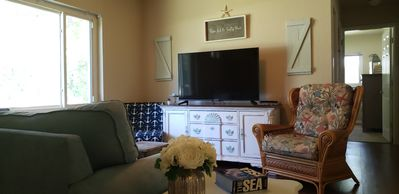 Photo for Starfish Cottage, Charming 3/2, in Crystal River