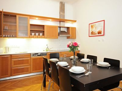 Photo for Nice apartment for 7 people with WIFI, TV, pets allowed and parking