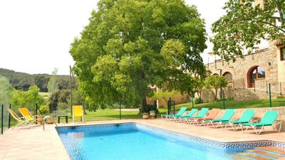 Photo for 8 bedroom Villa, sleeps 16 in Orfes with Pool, Air Con and WiFi