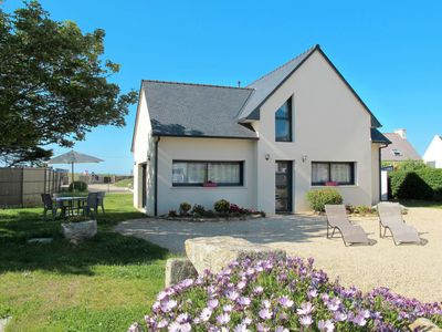 Photo for Apartment Les Chardons Bleus 2 (BRP205) in Brignogan-Plage - 6 persons, 3 bedrooms