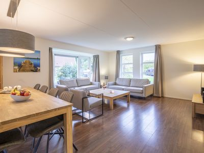 Photo for Bungalow in the holiday park Landal Waterparc Veluwemeer - Indoor and open-air swimming pool
