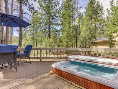 Photo for Large home w/private hot tub, shared pool & SHARC passes-dogs OK