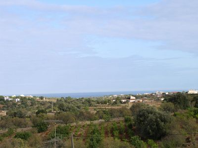 Photo for 1-bedroom apartment with sea view in lovely village of Porches