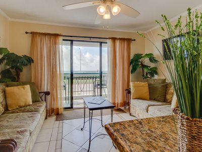 Photo for Fun oceanfront condo close to the beach w/shared pools - great for families!