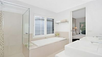 Photo for 3BR Townhome Vacation Rental in Warrnambool, VIC