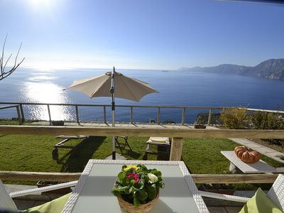 Photo for Casa Premia: A bright and cheerful apartment located on a hillside, facing the sea, with Free WI-FI.