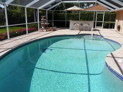 Photo for Beautiful holiday home in Park Shore w/pool in exclusive location near the beach