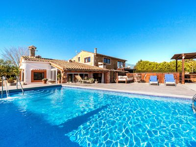 Photo for Spacious Mallorcan villa with pool - Es Rafal Nostro