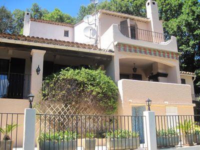 Photo for 4 bedroom villa, private pool, near Cannes, Views of Cap Antibe, Bay of Cannes.