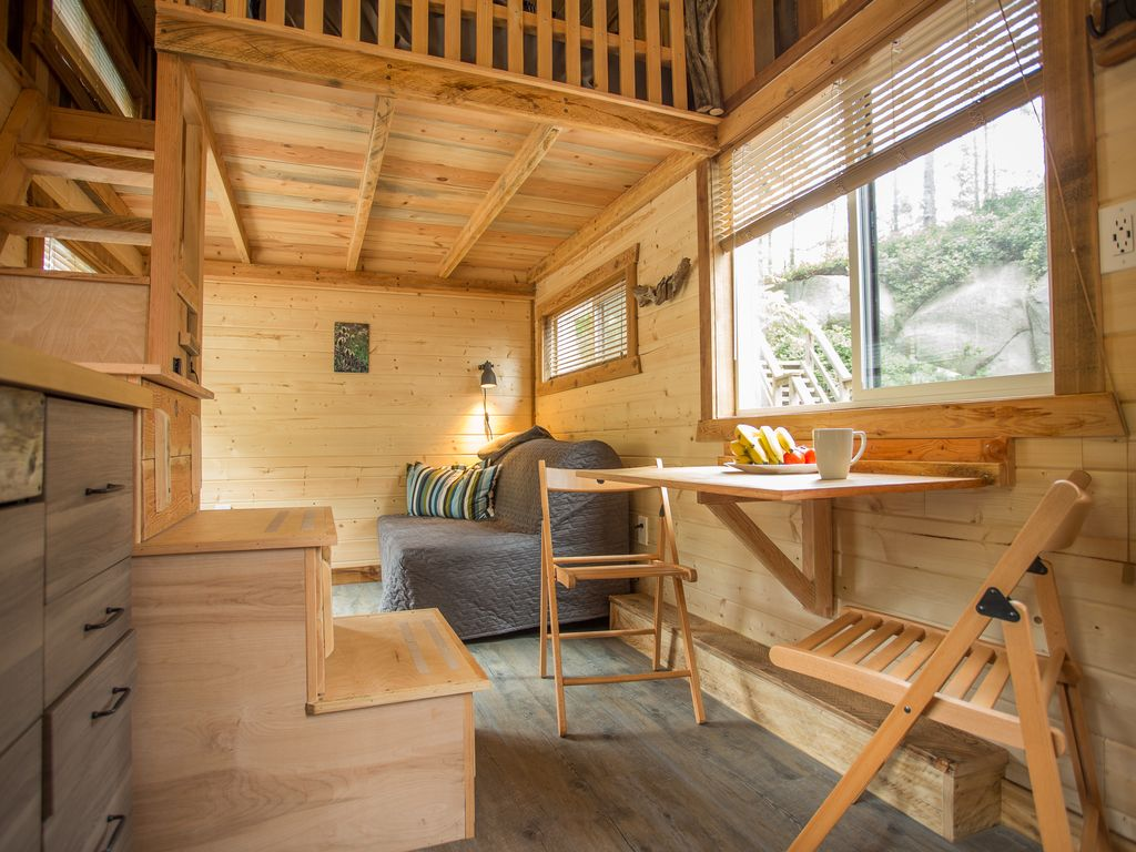 rent tiny house. squamish house rental - the is only 8x20 but it feels pretty big. rent tiny g