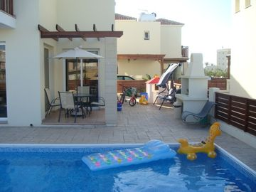 MICKEY2, 2 bed Villa, private pool, Cyprus Hospitality, FREE CAR