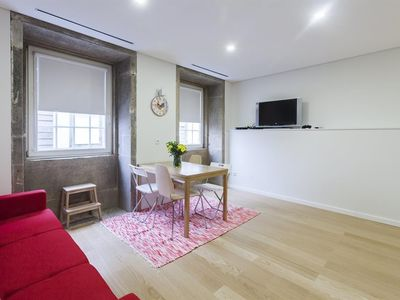 Photo for Apartment in the center of Porto with Air conditioning, Lift, Washing machine (442206)