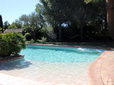 Photo for Lovely charming Provençal Bastide manor house, large pool, Jacuzzi, near beaches