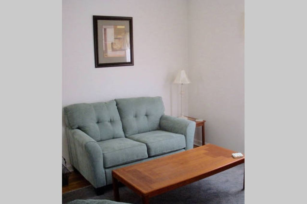 One Bedroom Fully Furnished Apartment Shrewsbury Massachusetts Rentals And