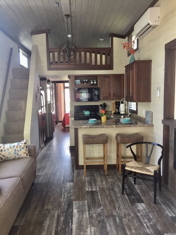 TOTALLY BRAND NEW!!  SPACIOUS MODERN TINY HOUSE