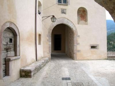 Photo for Umbria- Spoleto- Luxury Apartment in a little Middle Age Village