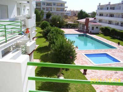 Photo for Central apartment by the sea with pool and garden for 4 people.