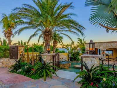 Photo for Exceptional Beachfront Villa w/Daily Maid Service