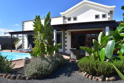 Contemporary Villa Heated Pool Private Gardens Roof Terrace With