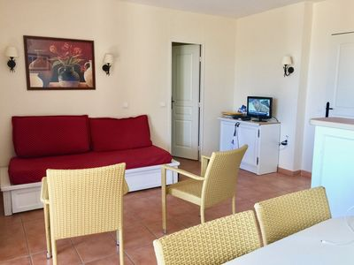 Photo for 2BR Apartment Vacation Rental in Mallemort, Provence-Alpes-Côte d'Azur
