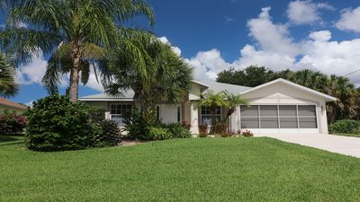 Photo for New Rental! 3 Bedroom Pool Home in Rotonda West- Golf - Heated Pool - Beach!