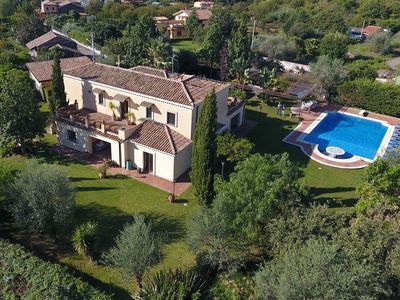 Photo for Huge villa with PRIVATE POOL and sublime garden on the flanks of Mount Etna