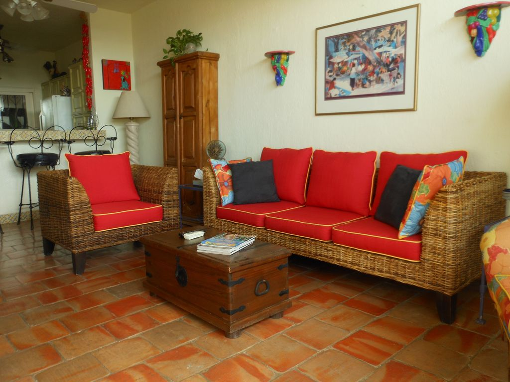 exciting mexican style living rooms | 'Paradise Found!' Downtown, Mexican Style, - VRBO