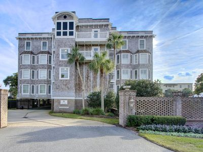 Photo for Perfect Condo with beach view, pool and close to Pier Village