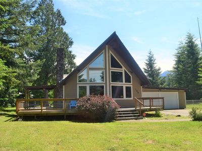 Photo for Air conditioning, Wifi, Fireplace, cowlitz river access