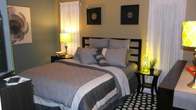 Bedroom with modern decor