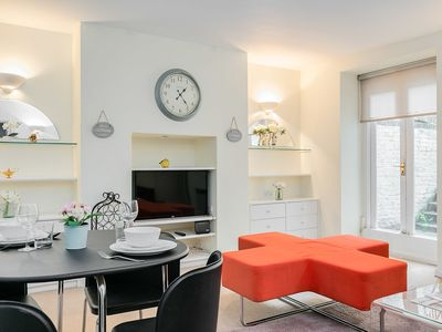 Photo for Fulham 1-bedroom with a patio garden