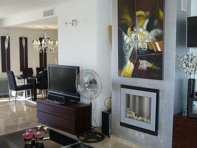 Photo for Beautifully furnished ground floor apartment with direct access to pool / garden