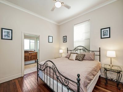 Bedroom 1 - King bed with ensuite & large walk-in robe.