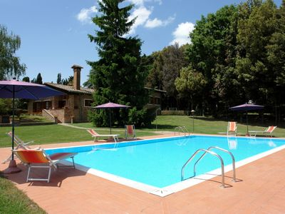 Photo for Private Villa with WIFI, private pool, TV, balcony, pets allowed, parking, close to San Gimignano
