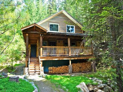 Photo for Boutique Mountain Lodge - 4 Luxury Cabins, 20 km South of Nelson - Gold Cup Cabin