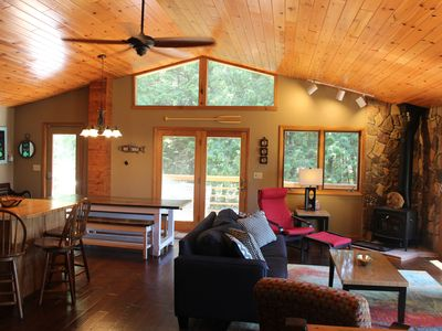 Photo for Relaxing year-round lakefront retreat with tons of fun at your fingertips!