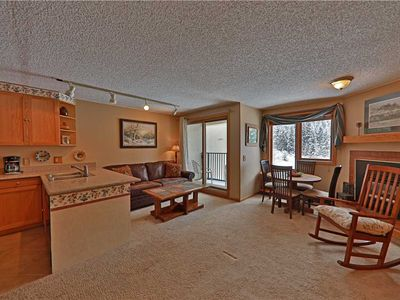 Photo for Inviting ski-in/ski-out condo with fantastic amenities and indoor parking