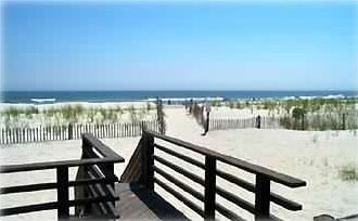 Beachfront -- step off the deck and you're there!