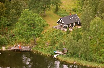 Photo for DREAM HOUSE IN ABSOLUTELY ALLEINLAGE LAKE LAKE