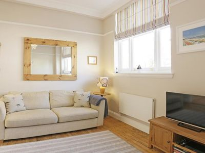 Photo for Well equipped, bright and airy holidayhome in the centre of Southwold