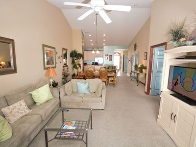 Cozy Luxury 3 Bedroom Condo With WiFi In Gated Community On Bayside With Indoor/Outdoor Pools, Private Beaches, Restaurant, And More Just Ten Minutes From Beach!