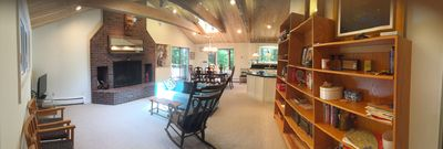Walk to the village 6bed 4bath sleeps 15; newly renovated with 2 skylights.