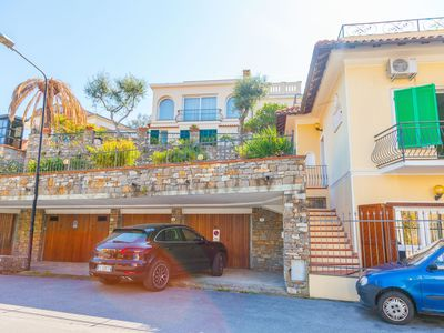 Photo for Villa in Diano Marina with 2 bedrooms and 5 beds