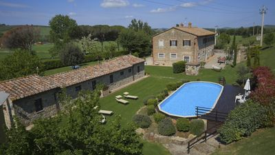 Photo for Exclusive indipendent Villa with pool in farmhouse near Pienza