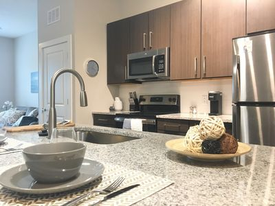 Photo for Modern Apartment, Central Tampa - Everything You Need!