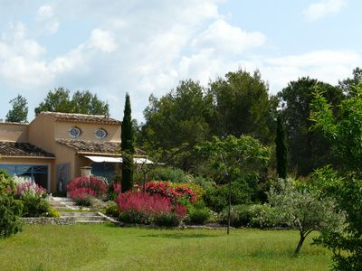 Photo for Provencal mas with lovely quiet garden. Panoramic view, great services